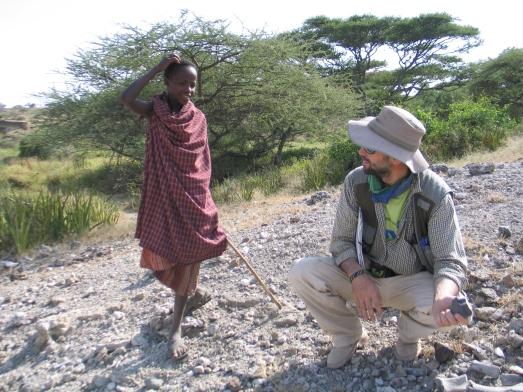 El arqueólogo Manuel Domínguez Rodrigo en Olduvai