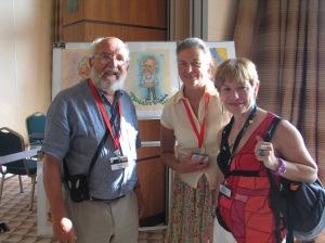 Michel Mayor, su esposa y la autora, en Tenerife