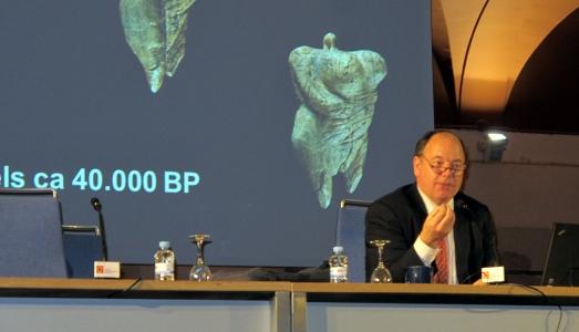 Nick Conard, durante su conferencia en  el Museo Arqueológico de Madrid. |R.M.T.