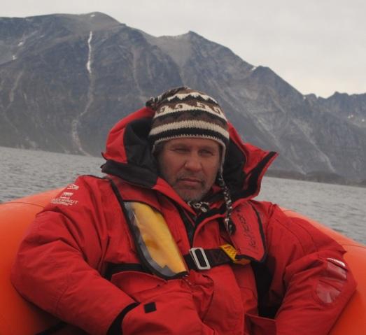 Ramon Larramendi, camino de Tasermiut, en Groenlandia. |ROSA M. TRISTÁN