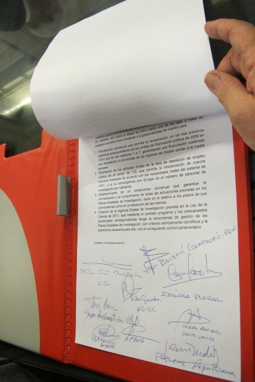 Firmas del Pacto por la Ciencia. |ROSA M. TRISTÁN