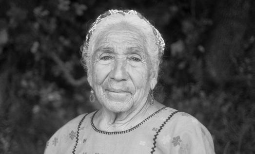 La abuela Margarita, entrevistada por Elena García Quevedo.|@CARLOS PÉREZ MORALES