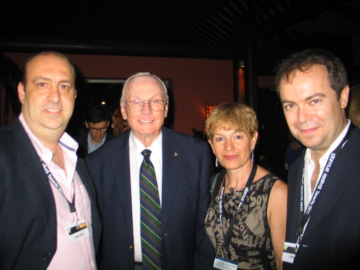 Con Neil Armstrong (a mi lado), Javier Peláez y Javier Sierra en Starmus 2011.