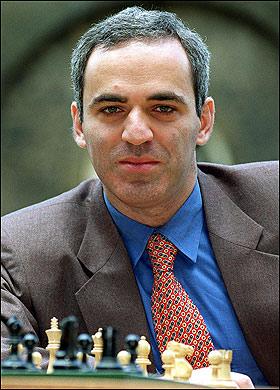 El ajedrecista Garry Kasparov, con 190 puntos de Cociente Intelectual.