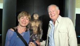 Con Donald Johanson, padre de 'Lucy'