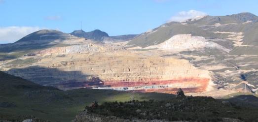 Yanacocha, en Cajamarca (Perú):  R.M.T.