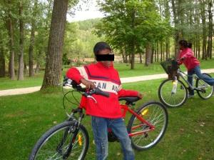 Mahesh, con su bici.
