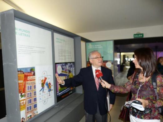 Agustín Escolano, comisario de la muestra. |CASA DEL LECTOR