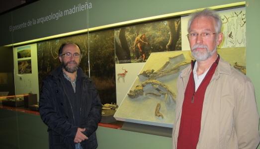 Mauricio Antón y Jan Van Der Made, en la exposición. |@RosaTristán